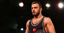 Turkish wrestler bags bronze in wrestling championship in Romani