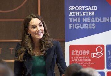 Kate Middleton'un ayakkabısından rekor satış!