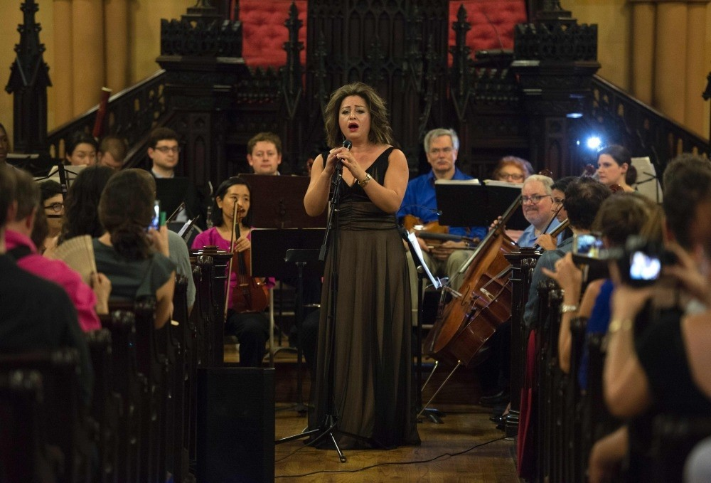 Soprano Quntar, who fled from Syria five years ago, gave a special concert on World Refugee Day to highlight the cultural contributions made by those who have fled war.