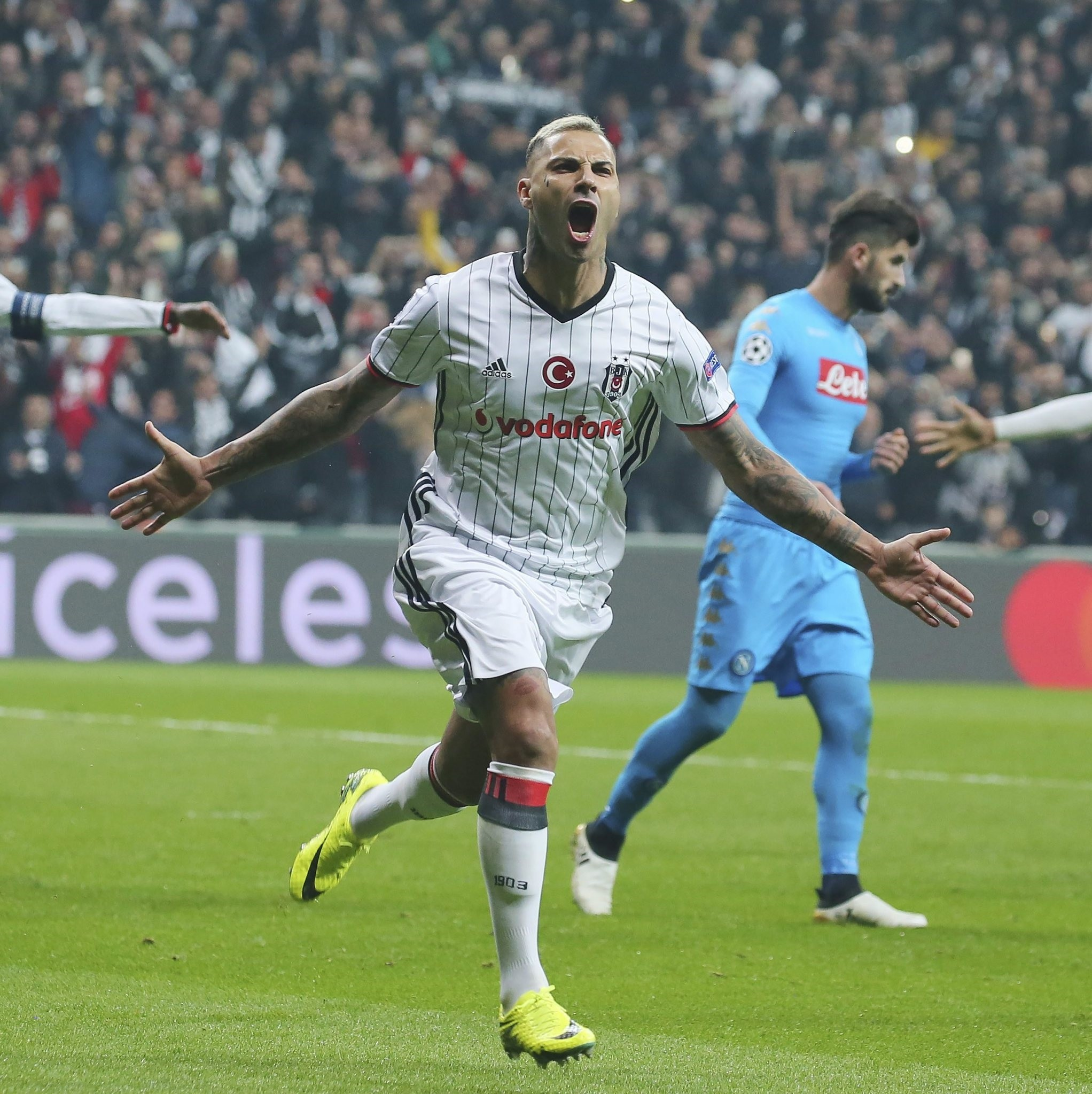 Beu015fiktau015f's Ricardo Quaresma runs to celebrate after scoring against Napoli during their Champions League group B soccer match, in Istanbul, Tuesday, Nov. 1, 2016. (AP Photo)