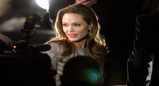 Angelina Jolie yeniden beyaz perdeye geri dönüyor