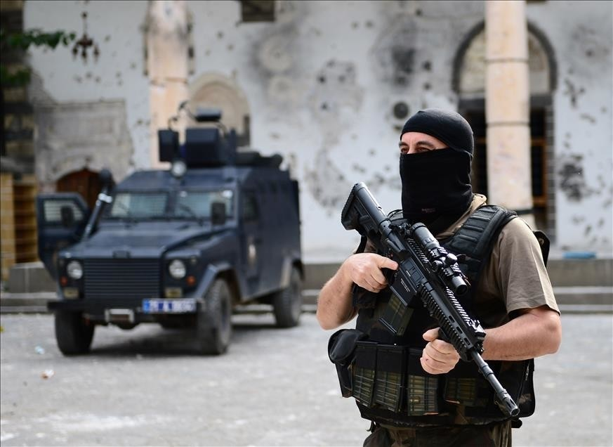 Turkish security forces seen during the anti-PKK operations in Diyarbaku0131ru2019s Sur district Oct 13, 2015.