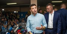 President's party leads Ukraine election, exit poll says