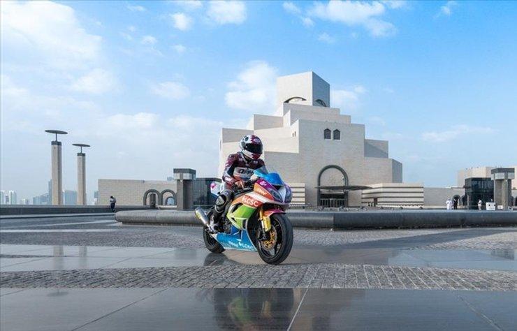 Katar, dünyanın en önemli motor sporları organizasyonlarından biri olan MotoGP'ye ev sahipliği yapmaya hazırlanıyor.