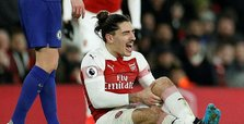 Arsenal's Bellerin out for season with knee injury