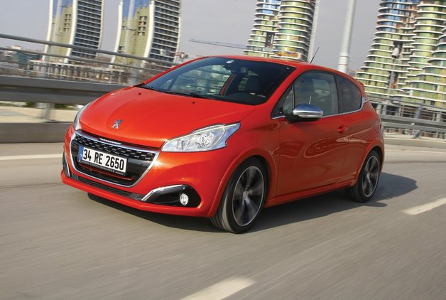 TEST · Peugeot 208 GTi by PS