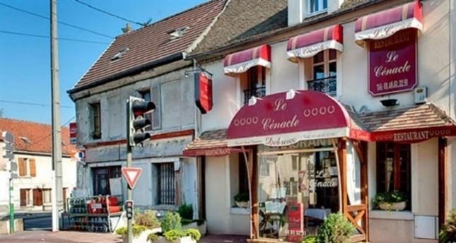 Ֆրանսիայում Le Cenacle ռեստորանի  տերը վռնդել է երկու մուսուլման կնոջ