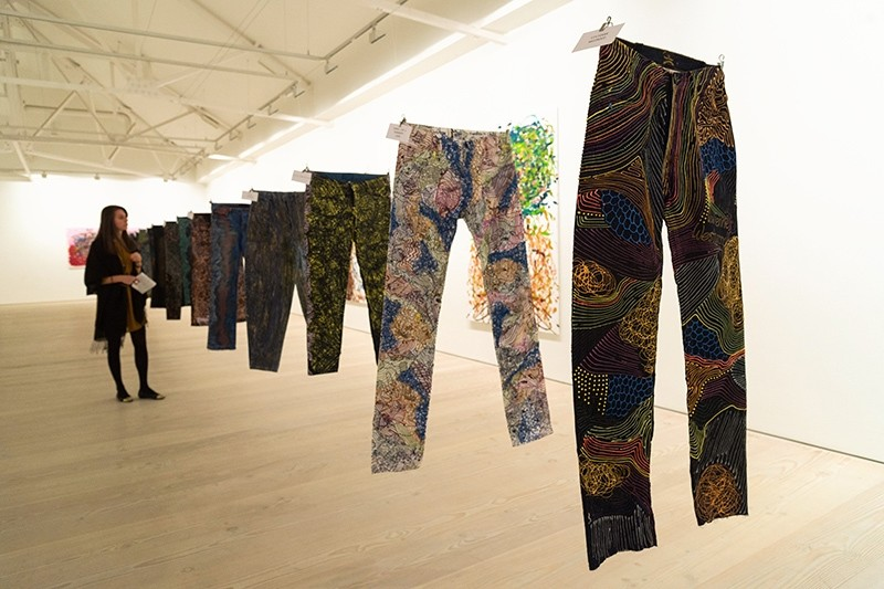 Celebrity jeans get makeovers to raise money for refugees. (AA Photo)