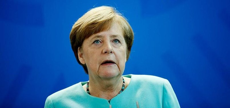 MERKEL SAYS LOOKS FORWARD TO CONTINUE WORKING WITH SPD