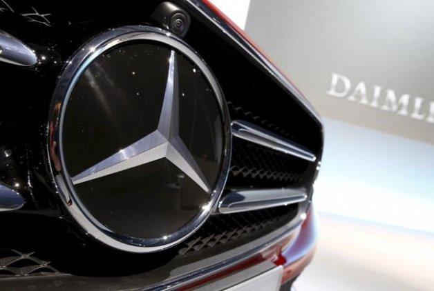 Otomotiv devi Mercedes Benz'in 11 tesisine soruşturma başlatıldı