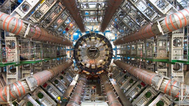 CERN'DE YENİ KEŞİF