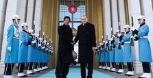 Erdoğan, Khan discuss cooperation to combat virus pandemic