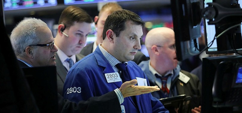 DOW JONES PLUNGES 1,000 AS MARKET SWOONS AGAIN