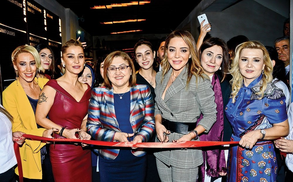 İŞ KADINLARI GAZİANTEP'TE ŞENLİK DÜZENLEDİ