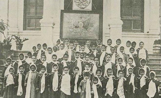 osmanlıda ilk kadın okulu ile ilgili görsel sonucu
