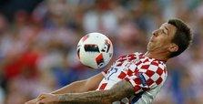 Veteran Mandzukic signs for Milan on free transfer