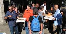 Turkish businessman gives pizza to Toronto's homeless