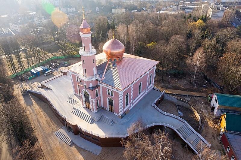 Mosque in Belarusian capital Minsk has been rebuilt with Turkeyu2019s help. (AA Photo)