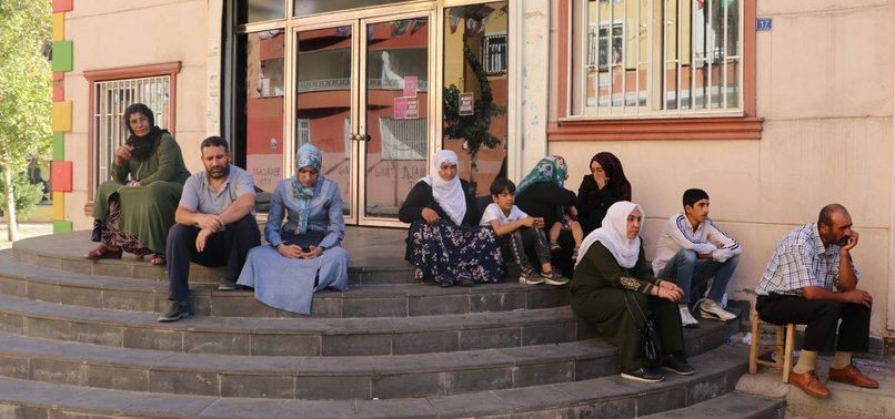 HDP MEMBERS THREATEN PEOPLE TAKING PART IN SIT-IN PROTESTS WITH DEATH