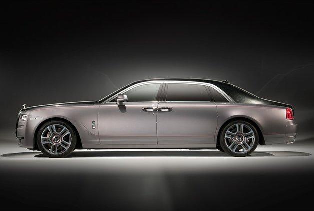 Rolls-Royce'un bu modeli elmas ile boyandı
