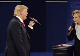 Trump ve Clinton arasındaki son düelloda karşılıklı hakaretler havada uçuştu
