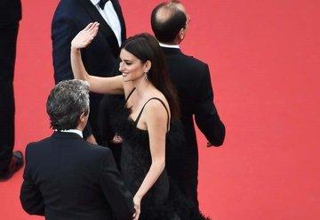 Cannes'da şıklık yarışı