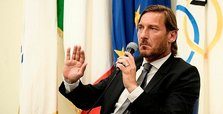 Totti's departure puts pressure on Roma's American owner
