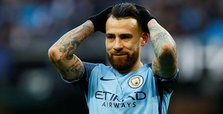 Man City defender Otamendi signs contract extension to 2022