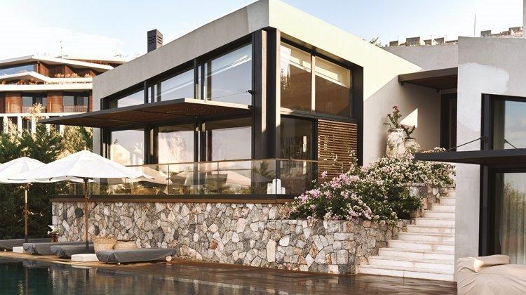 Tereza Maxová ve Burak Öymen'in Akbük Kaplankaya'daki evi