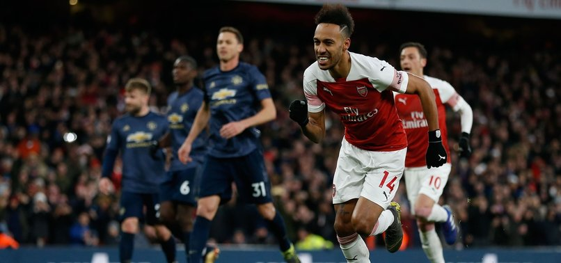 ARSENAL BEATS MAN UNITED 2-0 TO GO 4TH IN PREMIER LEAGUE