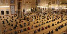 Muslims flock to mosques to celebrate Mawlid al-Nabi