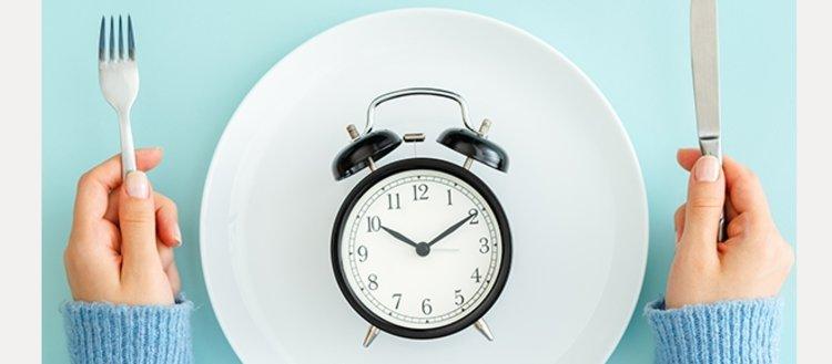 Aralıklı oruç diyeti sağlığı nasıl etkiliyor?