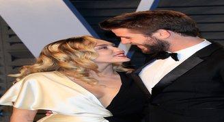 Miley Cyrus ve Liam Hemsworth evlendiklerini doğruladı