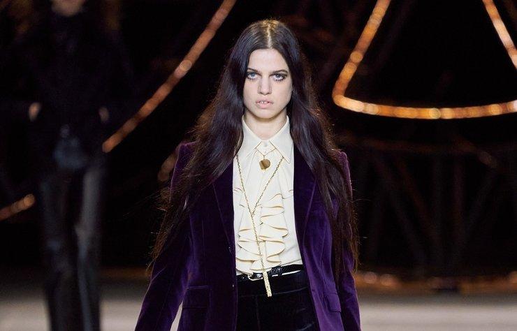 Hedi Slimane, Celine koleksiyonları için César Baldaccini'nin çalışmalarını kutlayan bir mücevher işbirliğine imza attı.