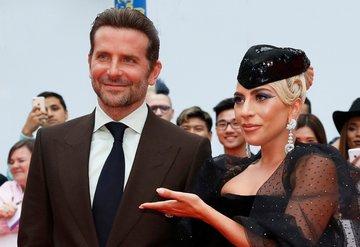 Lady Gaga'dan Bradley Coopera destek