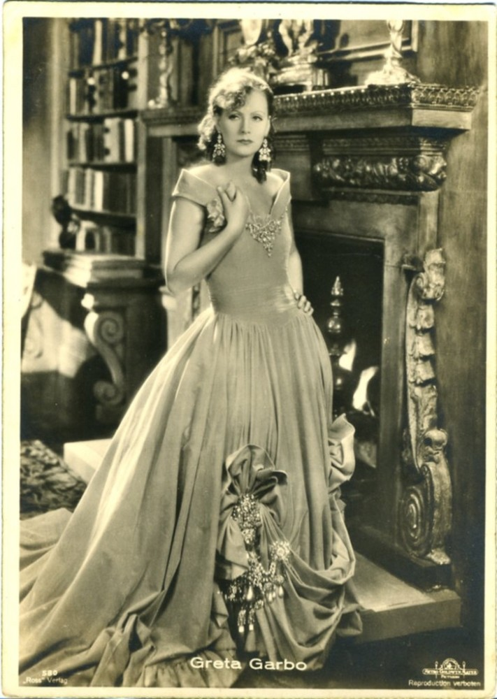 Greta Garbo first came to Istanbul in 1924 for the shooting of the film, u201cThe Odalisk from Smolensku201d and stayed at Pera Palace for 50 days, attending Christmas and New Yearu2019s Eve celebrations at the Swedish Consulate during her stay.