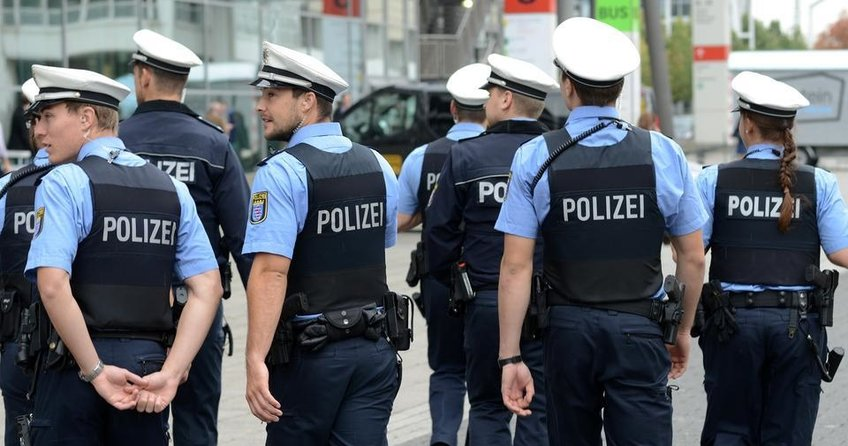 Almanya'da polisten vatandaşlara uyarı