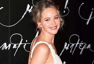 Jennifer Lawrence nişanlandı