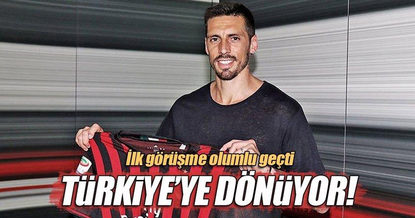 Fenerbahçe'den Jose Sosa bombası!