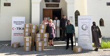 TIKA delivers food packages to vulnerable Balkan families