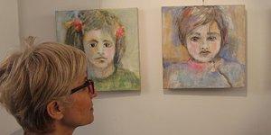 Pariste Türk sanatçılar resim sergisi açtı