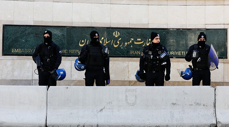 Turkish riot police stand guard in front of the Iranian Embassy during a protest against Iran's role in Aleppo, in Ankara, Turkey, December 15, 2016. (Reuters Photo)