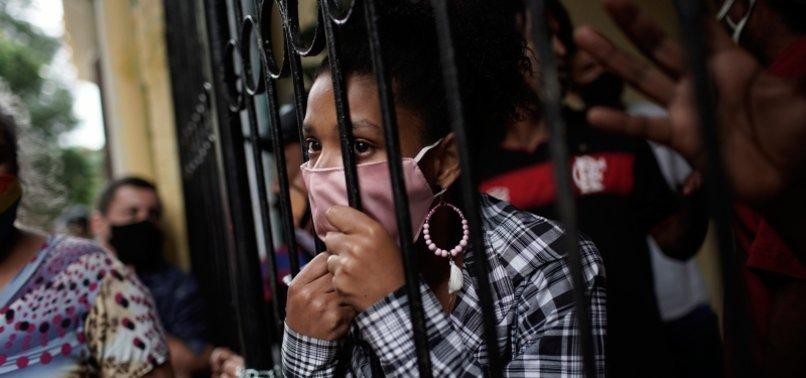 BRAZIL REPORTS 32,817 NEW CORONAVIRUS CASES, 831 DEATHS