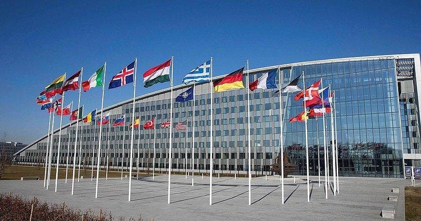 NATO 'akıllı' karargahına taşınıyor