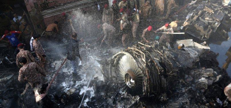 PAKISTAN ANNOUNCES COMPENSATION FOR FAMILIES OF PLANE CRASH VICTIMS