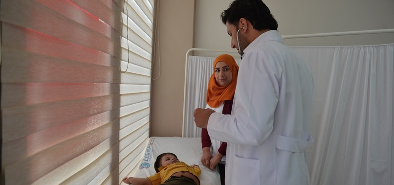SYRIAN DOCTORS SERVE FELLOW REFUGEES IN TURKEY