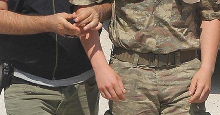35 asker gözaltına alındı