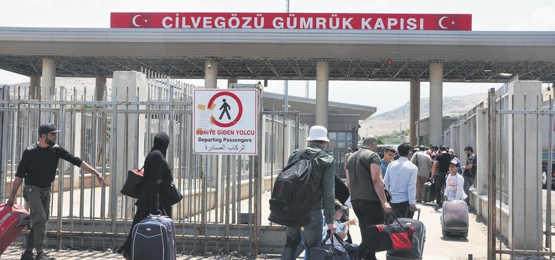 THOUSANDS OF SYRIAN REFUGEES IN TURKEY BACK HOME FOR EID AL-FITR