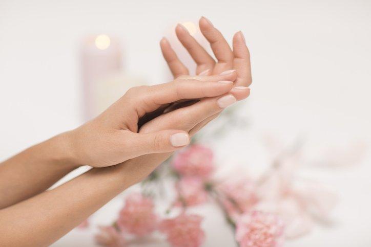 Kuruyan eller için 7 doğal maske önerisi