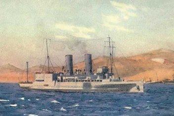 Tarihte ilk uçak gemisini Meis Adası'nda biz batırmıştık